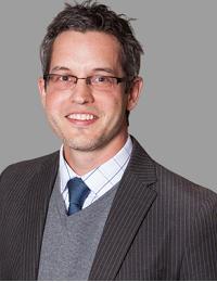Dr Nathan Treff